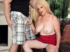 Young meat-thermometer and a creampie